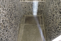 badkamer inloopdouche arduin mozaïek detail